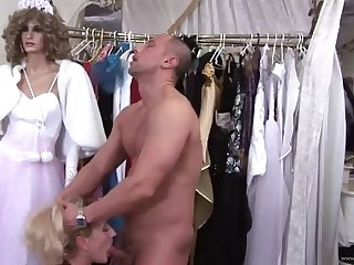 sexy mom has her wet pussy plugged by a fat load of shit